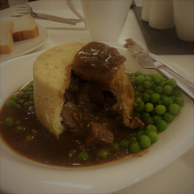 Traditional Steak & Kidney Pudding x 4
